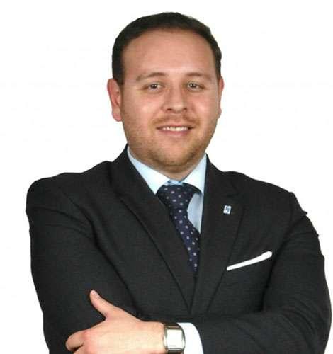 Armando Villalobos